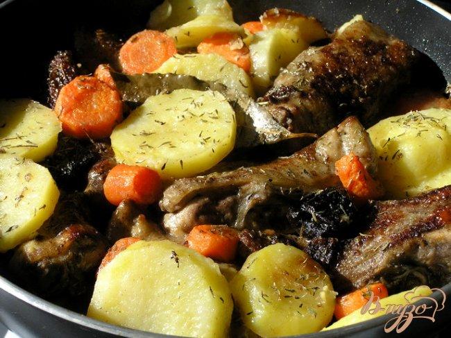 Фото приготовление рецепта: Мексиканское жаркое из цыпленка шаг №6