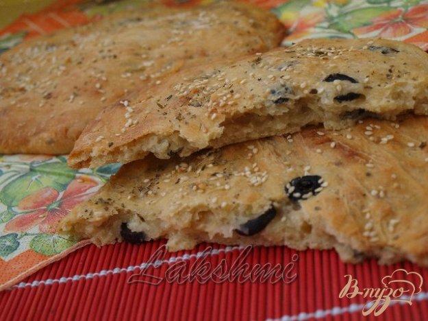 Рецепт Фокачча с пряными травами и маслинами