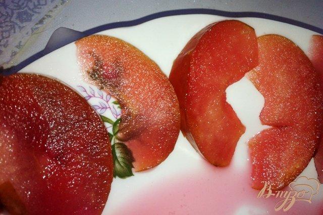 Фото приготовление рецепта: Яблочное пирожное с карамелизированными овсяными хлопьями шаг №8