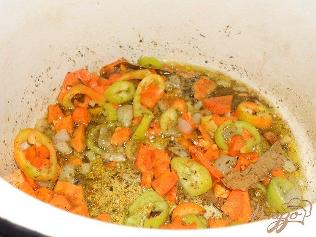 Фото приготовление рецепта: Рисовый суп с маслятами шаг №1