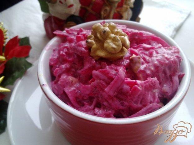 Рецепт Салат из свеклы и грецких орехов
