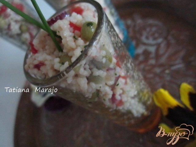 Фото приготовление рецепта: Легкий салат с крупой шаг №4