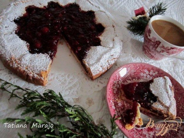 фото рецепта: Песочный пирог с ягодами
