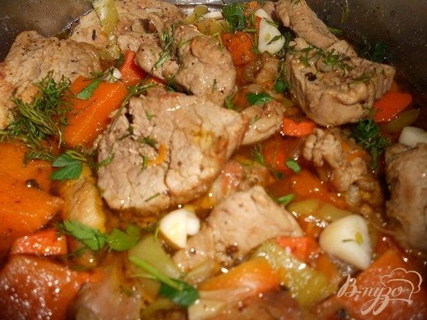 Как потушить мясо с овощами с