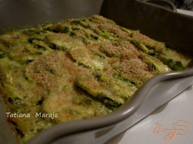Рецепт Запеканка из кабачков с соусом Песто