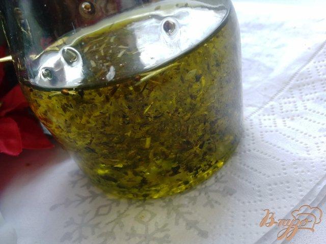 Фото приготовление рецепта: Ароматное масло шаг №2