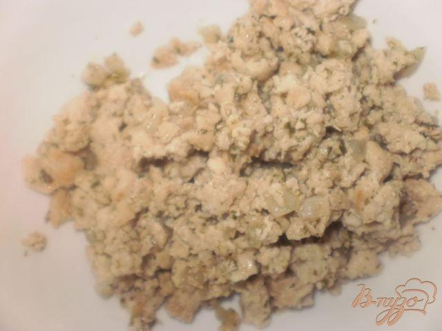 Фото приготовление рецепта: Картофельные котлеты с мясной начинкой шаг №2