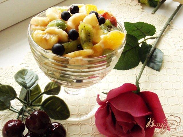 Фото приготовление рецепта: Салат фруктовый шаг №6