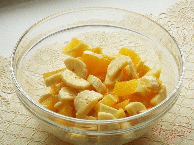 Фото приготовление рецепта: Салат фруктовый шаг №2
