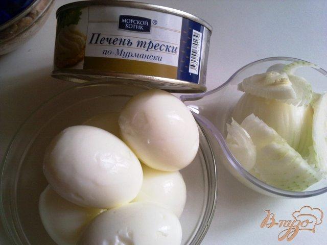 Фото приготовление рецепта: Фаршированные яйца. шаг №1