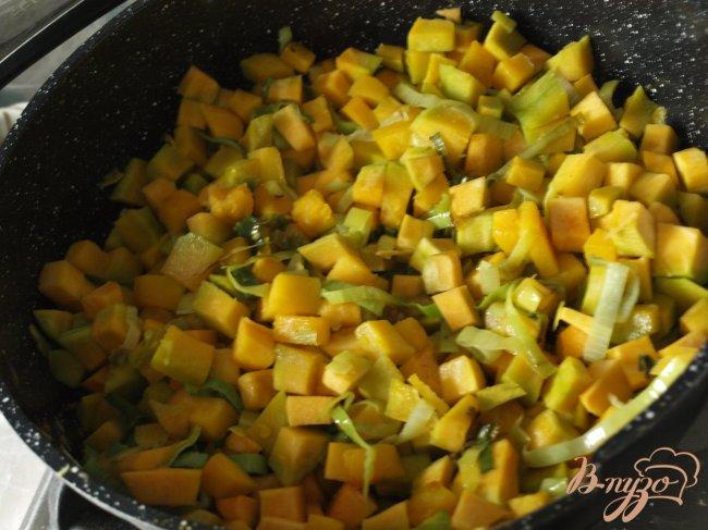 Фото приготовление рецепта: Французский тыквенный суп шаг №1