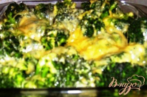 Капуста брокколи, запеченная  с сыром
