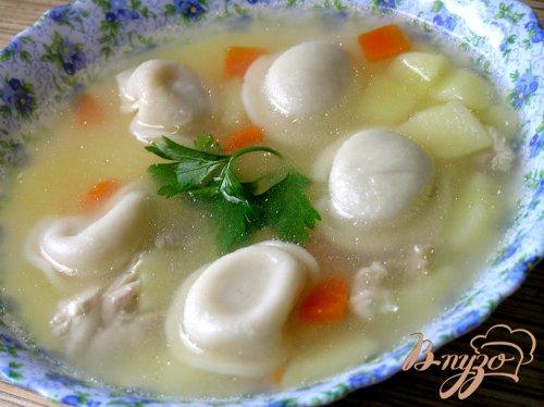 Куриный суп с пельменями