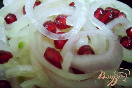 Салат из лука и граната