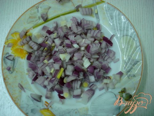 Веррины с сельдью и клюквенным соусом