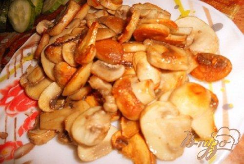 Пельмешки с грибами в горшочках
