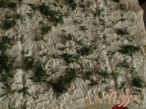 Праздничный рулет из лаваша с яйцами,крабовыми палочками и творожным сыром