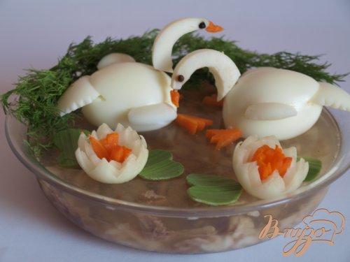 """Рыбное заливное с украшением """"Лебеди"""""""