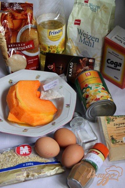 Тыквенный кекс с консервированными фруктами