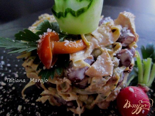 Фото приготовление рецепта: Салат из яичных блинчиков шаг №6