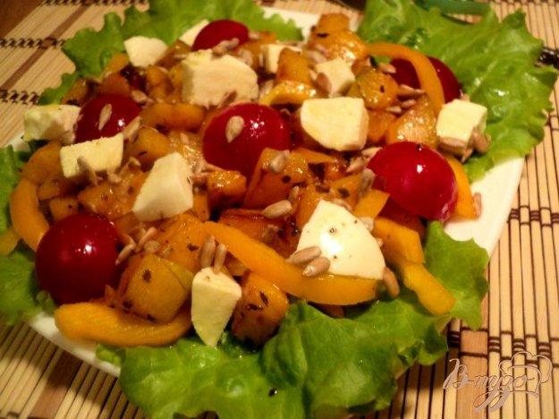 Рецепт Салат из тыквы с моцареллой