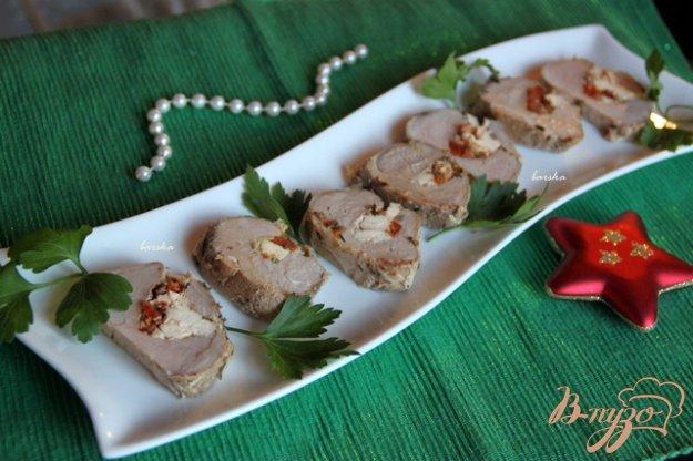 Рецепт Нежнейшая вырезка, фаршированная вялеными томатами и фетой