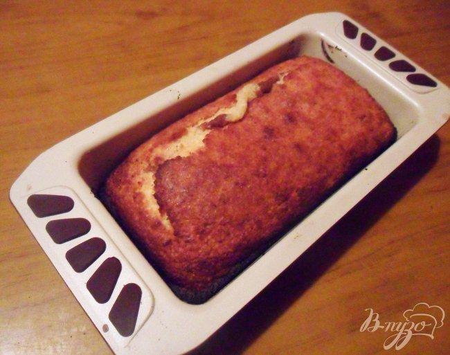 Фото приготовление рецепта: Разноцветный кекс шаг №7