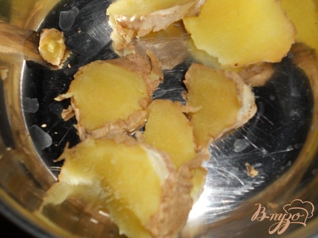 Фото приготовление рецепта: Имбирный глинтвейн шаг №1