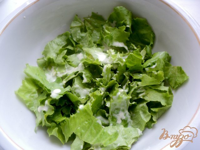 Фото приготовление рецепта: Салат «Цезарь» шаг №4