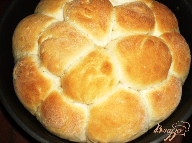 Фото приготовление рецепта: Пампушки с чесноком шаг №4