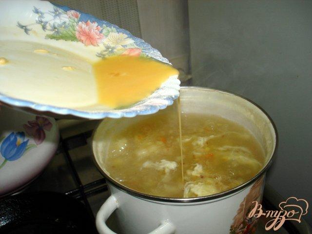 Фото приготовление рецепта: Крестьянский суп *Затируха* шаг №7