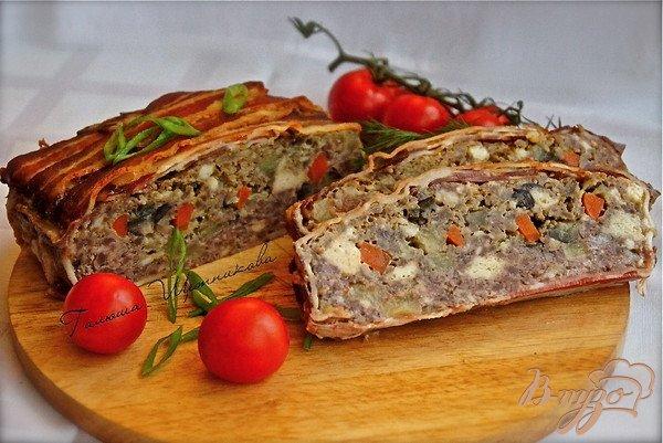 фото рецепта: Террин мясной в беконе