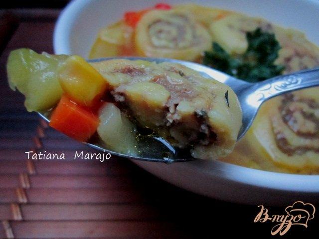 Фото приготовление рецепта: Овощной суп с кукурузными улитками.. шаг №11