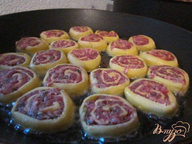 Фото приготовление рецепта: Овощной суп с кукурузными улитками.. шаг №5