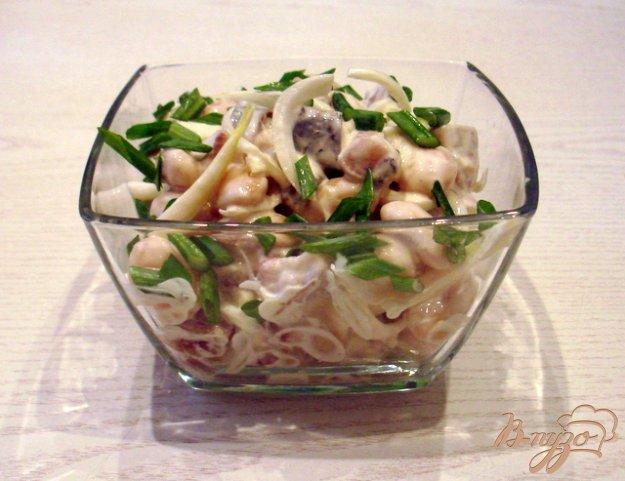 Рецепт Салат из фасоли с сельдью