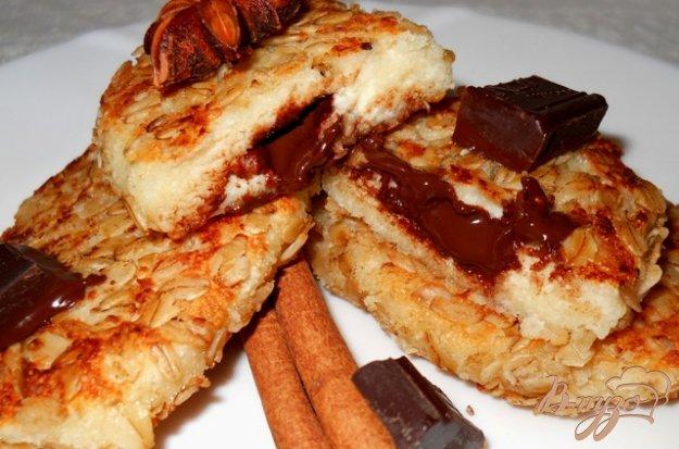 Рецепт Сырники с шоколадной начинкой