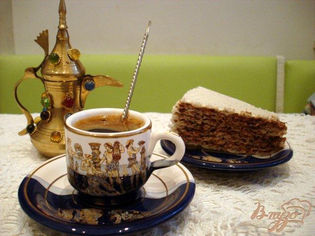 Фото приготовление рецепта: Вафельный тортик с шоколадным кремом шаг №7