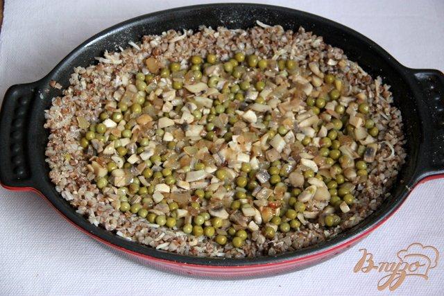 Фото приготовление рецепта: Запеканка из гречки шаг №5