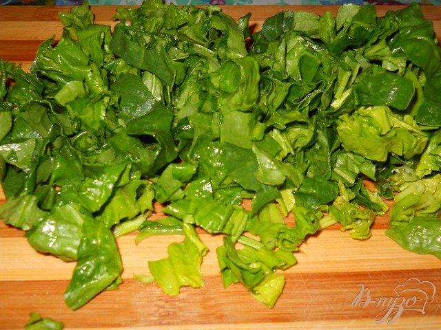 Фото приготовление рецепта: Картофельный суп со шпинатом шаг №3