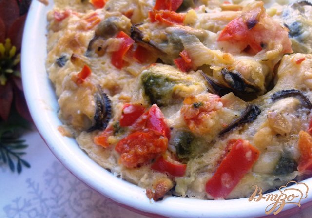 Фото приготовление рецепта: Запеканка из мидий с овощами шаг №5