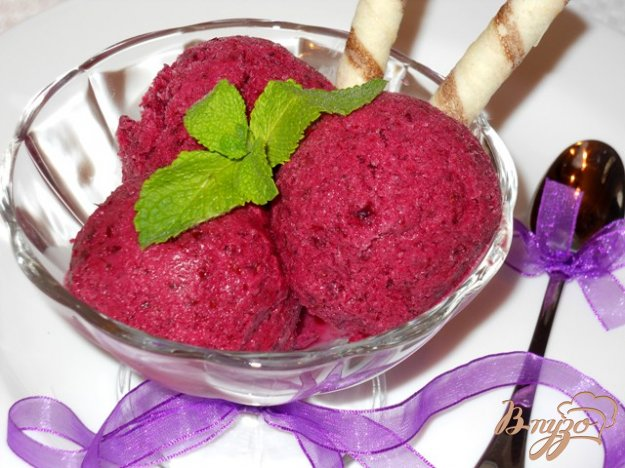 фото рецепта: Смородиновое мороженое