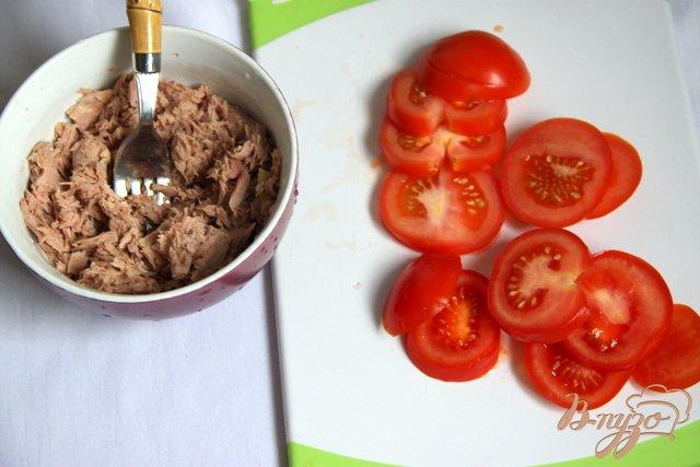 Фото приготовление рецепта: Запеканка из картофеля и брокколи с тунцом шаг №3