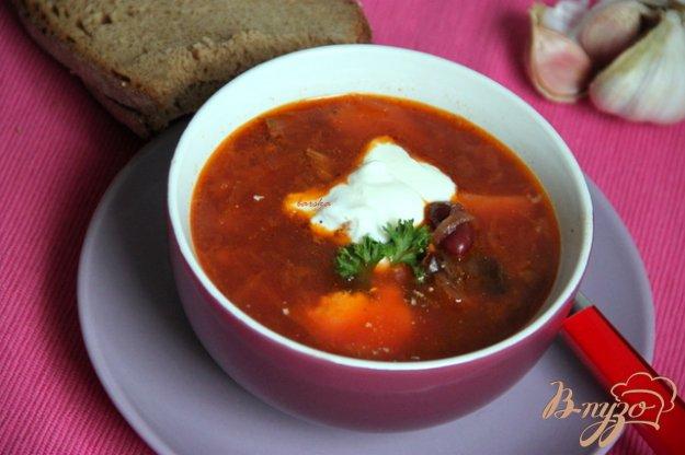 Рецепт Борщ с квашеной капустой и черносливом