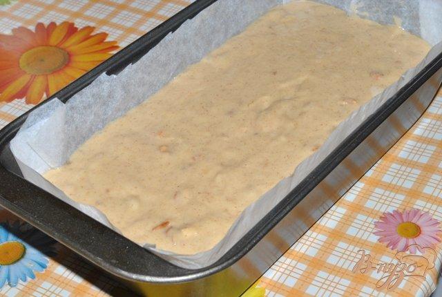 Фото приготовление рецепта: Банановый хлеб с орехами (Banana Bread) шаг №4