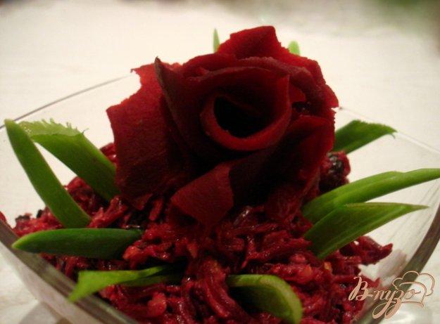 Рецепт Салат из свеклы с черносливом.