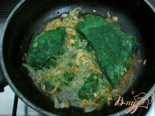 Лосось под сливочно шпинатным соусом