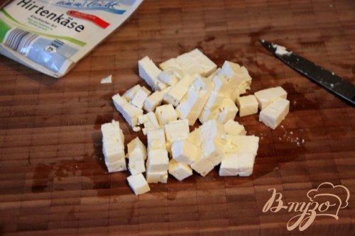Салат из спаржевой фасоли, брынзы и маслин