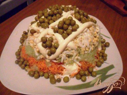 Слоёный овощной салат с редькой