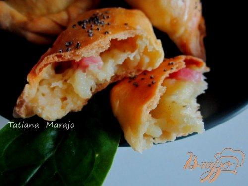 Песочные пирожки с картофелем, сыром и ветчиной