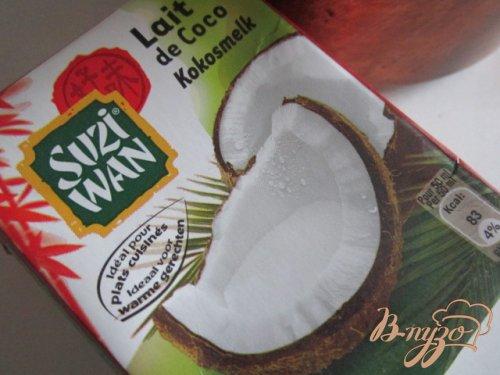 Черная смородина с кокосовым кремом..